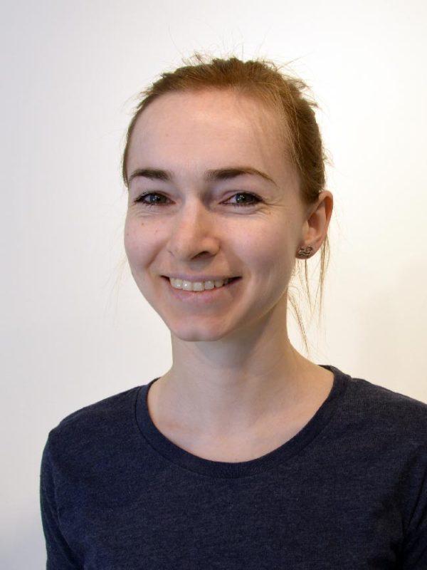 Dagmar Kuusk (Eesti, Vene, Inglise)